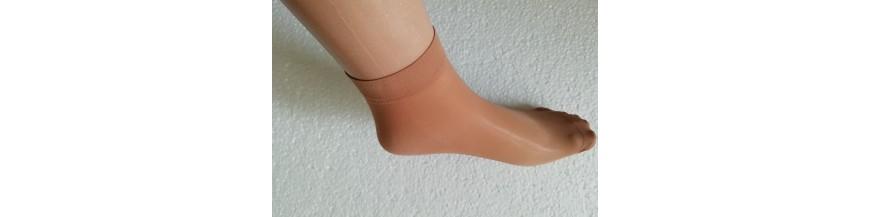 Nailoninės kojinės vasarai